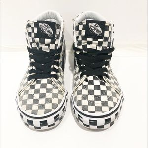 Vans high-tops black and white checkered